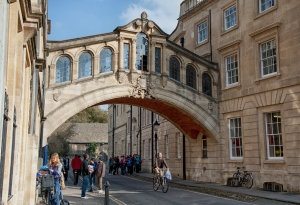 Oxford University, Bridge of Sighs.  Wikimedia Commons.